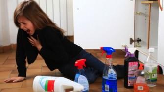 L'ingestion accidentelle de caustiques chez l'enfant