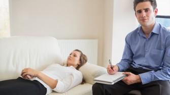 Formation de l'hypnothérapie Ericksonienne et ses applications aux troubles psychosomatiques
