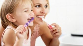 Pourquoi faut-il se brosser les dents?