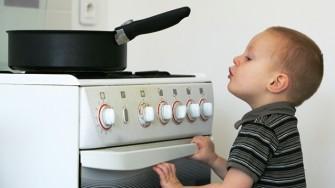 Protéger votre enfant des risques de brûlures domestiques